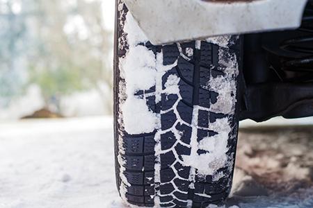 Winterreifenpflicht für Wohnmobil und Wohnwagen - Dethleffs erklärt was wo erlaubt ist.