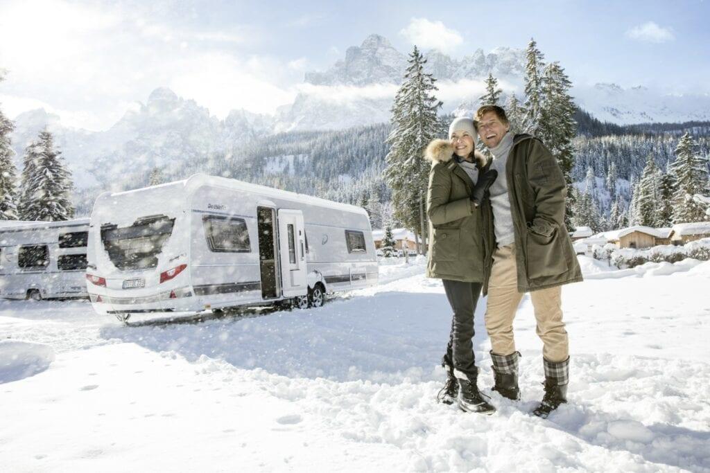 Wintercamping Tipps für Wohnwagen- und Wohnmobilfahrer von Dethleffs